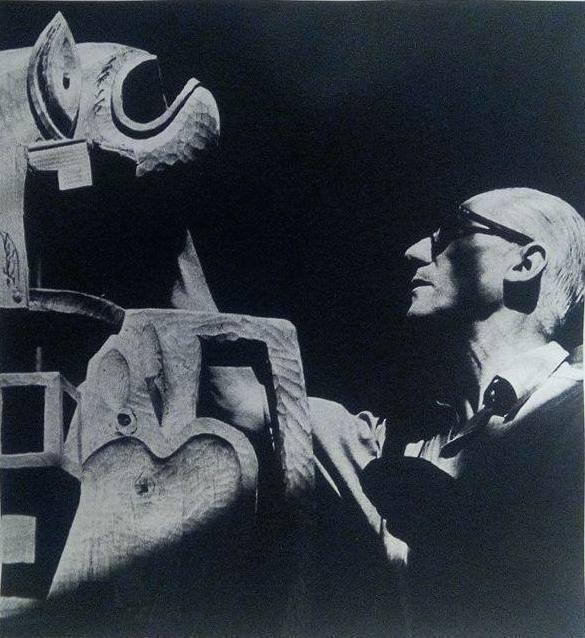 , 'Le Corbusier devant sa sculpture, Boulogne,' 1950, La Forest Divonne
