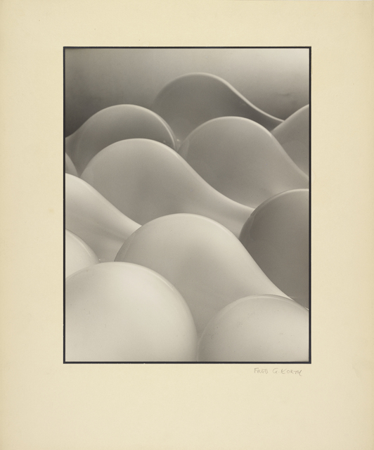 Fred G. Korth, 'Light Bulbs', about 1938, J. Paul Getty Museum