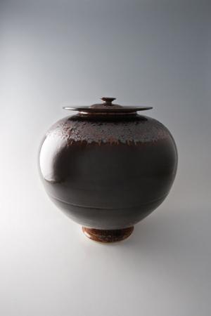 , 'Vase with lid, mirror black glaze with bindi,' , Pucker Gallery