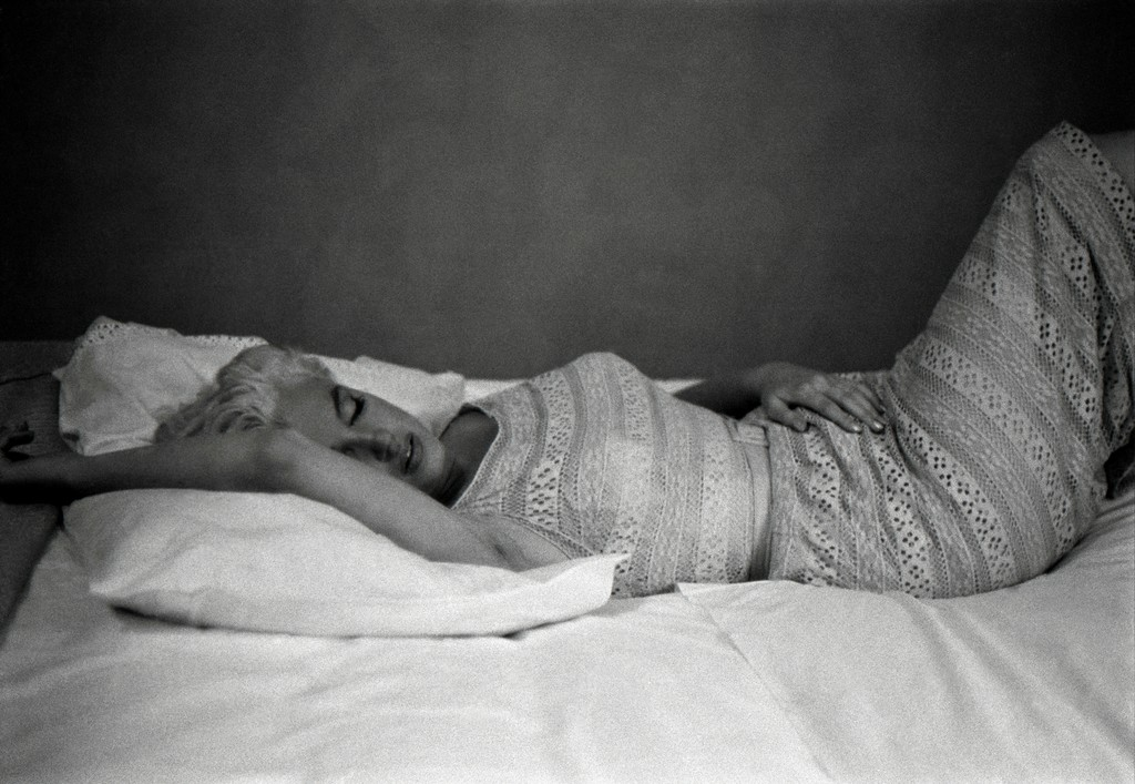 Eve Arnold, 'US actress Marilyn Monroe resting (Bement, Illinois),' 1955, Magnum Photos