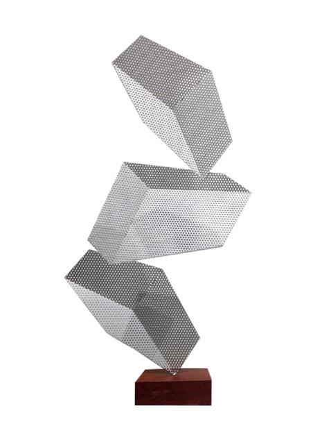 , 'Dislocate (Dislocada) ,' 2014, RGR+ART