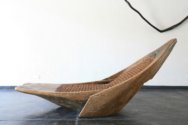 "Hugo França, '""Guaraci"" chaise', 2007, Design/Decorative Art, Pequi wood, woven leather, R & Company"