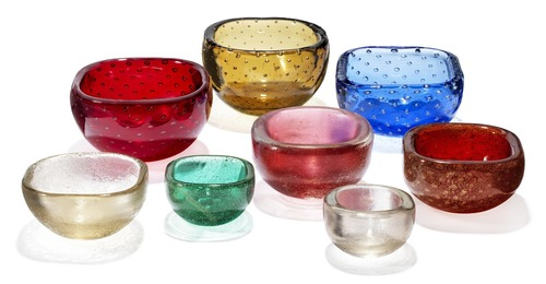 """""""Corroso"""", """"Somerso a Bollicine"""". Eight bowls of polychrome glass. Resp. with bubble pattern and iridescent surface on the inside."""