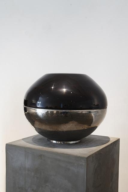 , '태항아리,' 2015, Artside Gallery