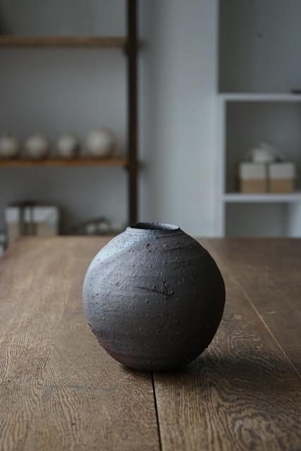 , 'Round Vase (Yakishime-Style),' , Kami ya Co., Ltd.