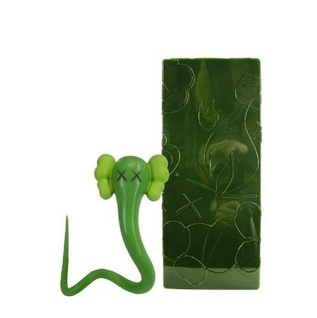 KAWS, 'Bendy (green)', 2004, Galerie C.O.A