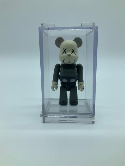 KAWS, 'KAWS 100% (Grey)', 2002, Sculpture, Painted cast vinyl, DIGARD AUCTION