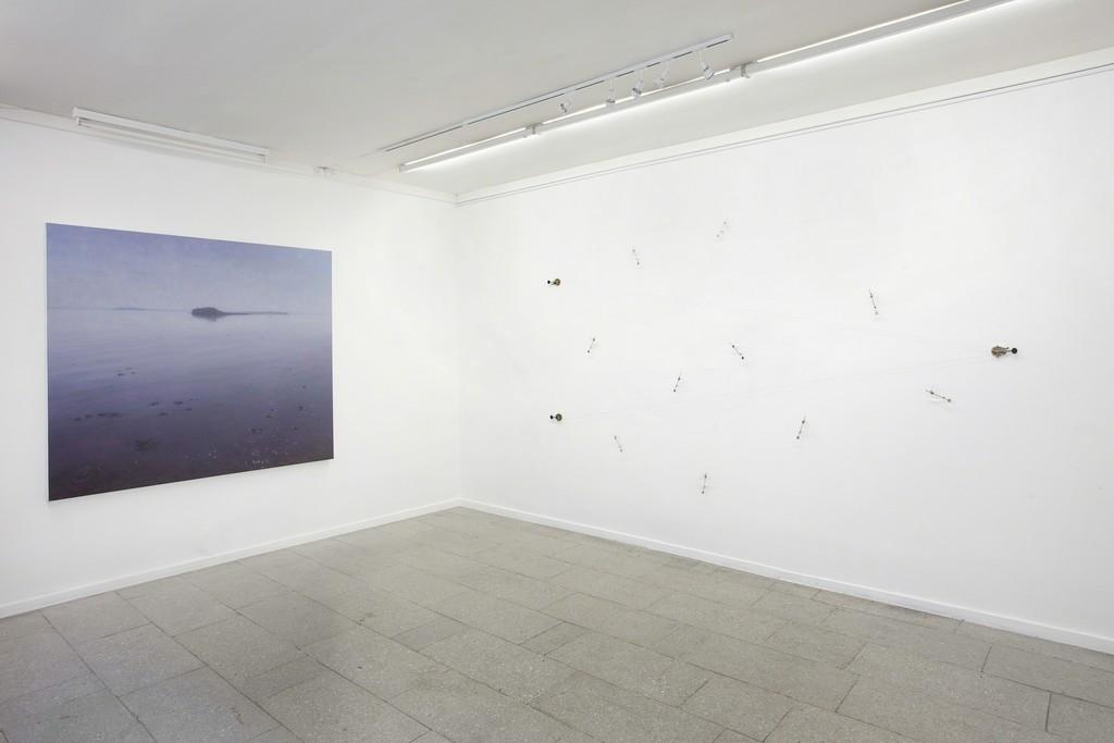 Optical Memory. Painting by Ulrik Møller, installation by Otavio Schipper.