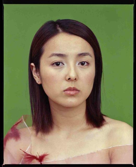 , 'Michelle Gong Lu, actrice et critique gastronomique à la télévision, novembre 2002, Shanghai 龚露,演员和电视美食评论家,2002年11月,上海 ,' 2002, Shanghai Gallery of Art