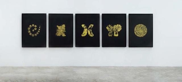 , 'Golden Singulars (Okra Spiral, Instant Noodle Natural, Eggplant Divided, Shanghai Green Divided, Planet Instant Noodle),' 2013, kurimanzutto