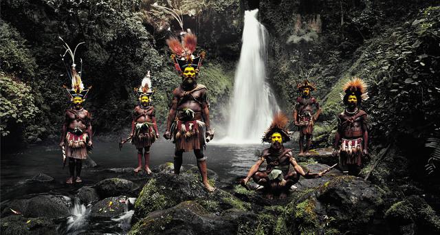 , 'XV 66 Tumbu, Hangu, Peter, Hapiya, Kati, Hengene & Steven Huli Wigmen, Ambua Falls, Tari Valley Papua New Guinea - Huli, Papua New Guinea,' 2010, Willas Contemporary