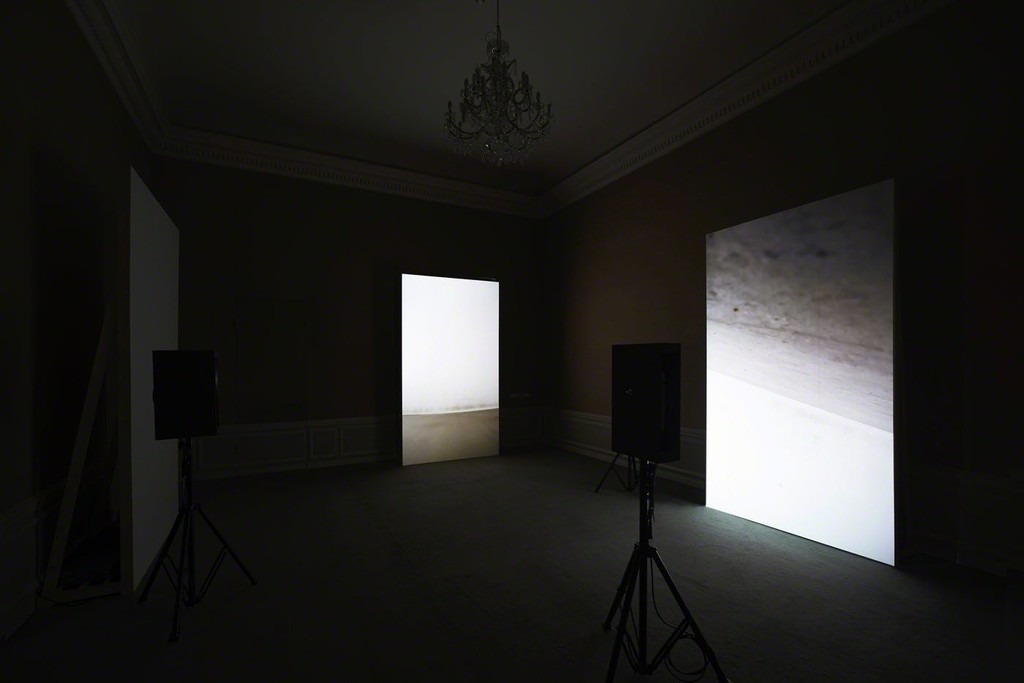 Gary Hill, Cutting Corners Creates More Sides, 3-channel video installation, 2012