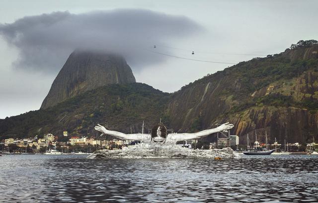 , 'GIANTS, Léonie PERIAULT from France, Botafogo, © Comité International Olympique, Rio de Janeiro, Brazil,' 2016, Simon Studer Art