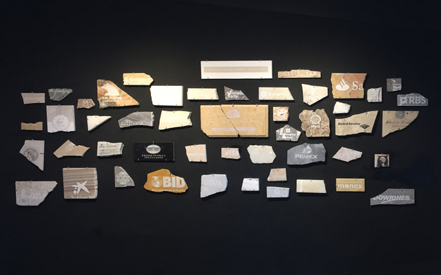 , 'Capitalismo funerario (Fosa común) ,' 2012, le laboratoire