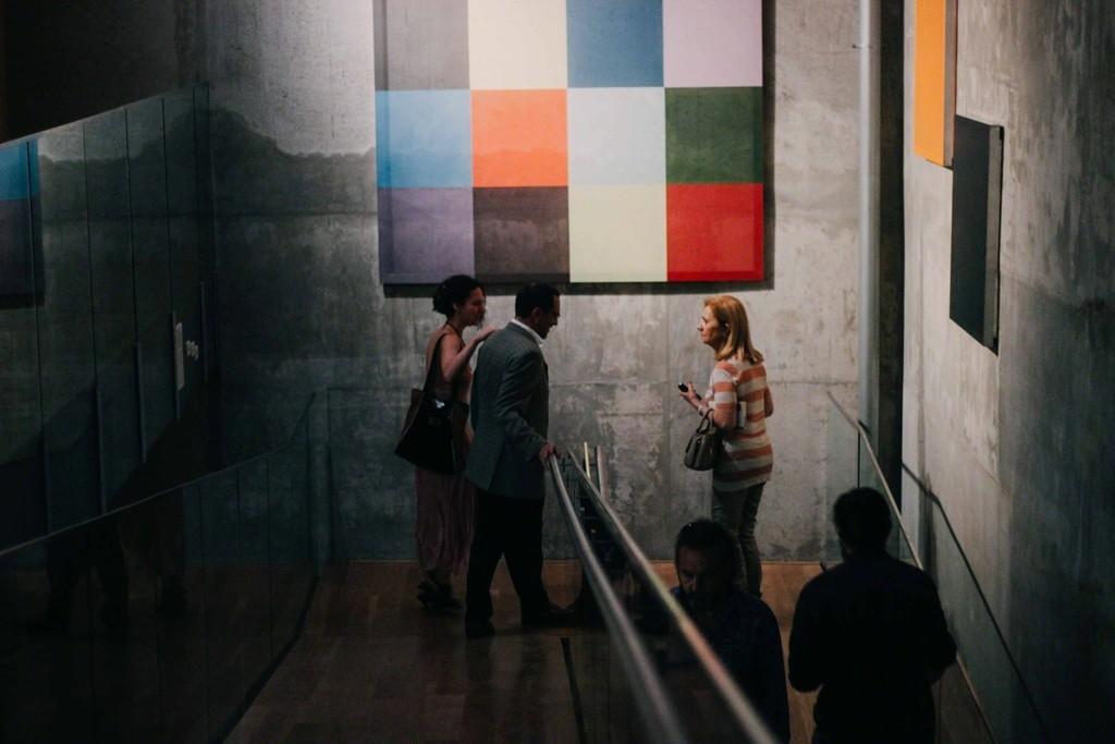 "Installation view of ""Salón Francés"" at Museo de Arte Contemporáneo de Buenos Aires, Buenos Aires (2016-2017). Photo credit: Michelle Gentile, from MOTIVARTE."