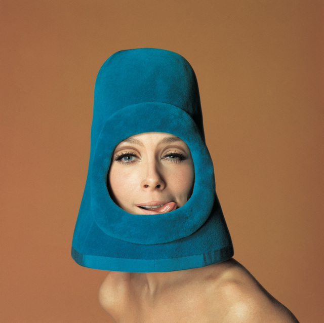 , 'Olga, fashion by Pierre Cardin, Ragazza pop cover, Rome,' 1972, Galerie Dumonteil