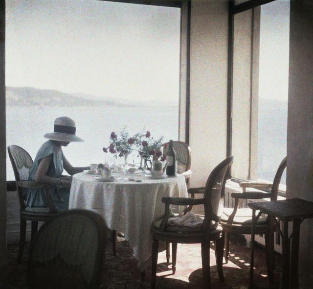 , 'Bibi au restaurant d'Eden Roc, Cap d'Antibes, France,' 1920, °CLAIR Galerie