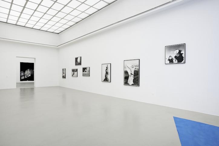 Carina Brandes installation view at Kunstverein Hannover, 2017 photo: Raimund Zakowski Courtesy of the artist, BQ, Berlin