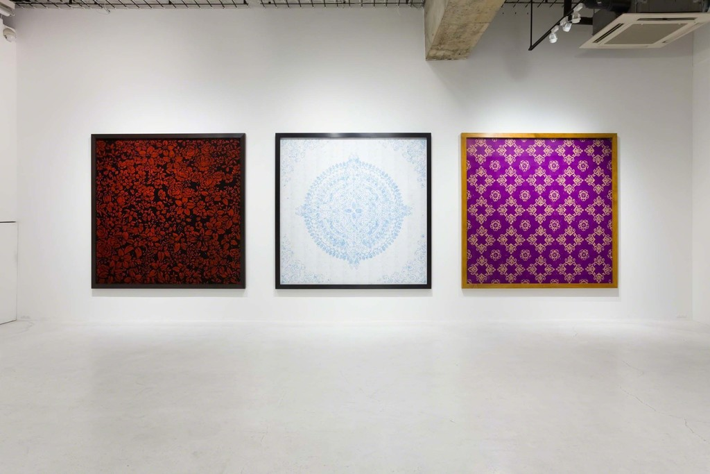 "Vik Muniz ""SMALL"" installation view at nca 