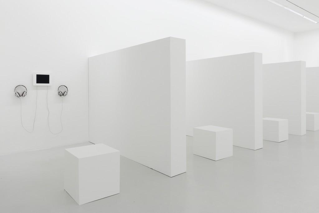 "View of the exhibition ""Souris Calle"" at Perrotin Paris © Sophie Calle / ADAGP, Paris, 2018 Photo: Claire Dorn"