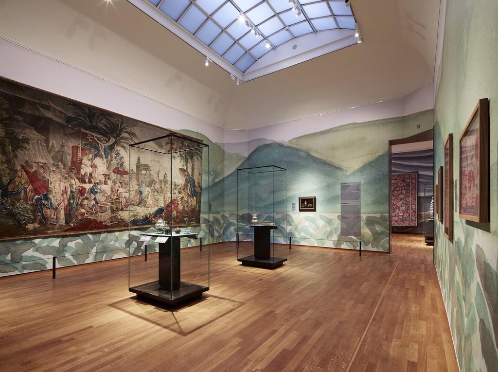 "Installation view, ""Asia > Amsterdam,"" Gallery 7. Rijksmuseum, Amsterdam (2015) Photo: Erik Smits"