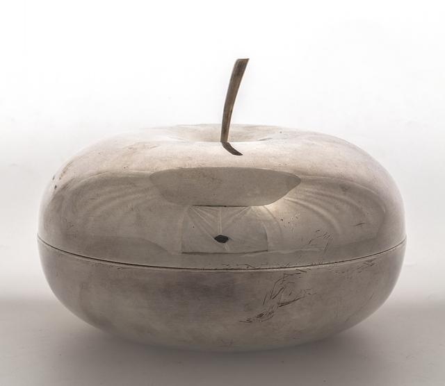 Lino Sabattini, 'A box 'Ciliegia' for CHRISTOFLE', 1944, Design/Decorative Art, Silver metal., Aste Boetto