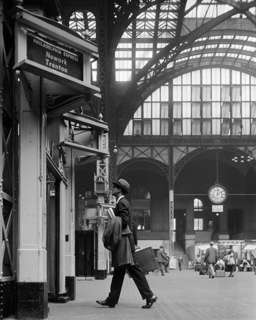 , 'Ward Purdy in Penn Station,' ca. 1960, Staley-Wise Gallery