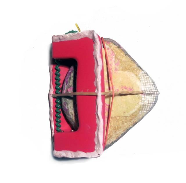 , 'Falsa alarma de oficina con piedra excitadade por medio,' 2014, Galeria Trama