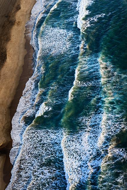 David Drebin, 'Tsunami of Dreams', 2016, Isabella Garrucho Fine Art