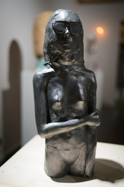Iván Cantos-Figuerola, 'Groupie', 2016, Sculpture, Ceramic, wax and graphite, Galerie Ariane C-Y