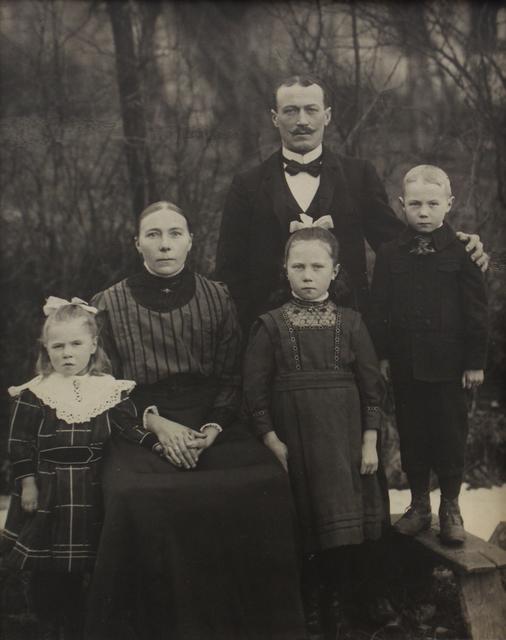 , 'Familie Eichelhardt,' ca. 1913, Huxley-Parlour