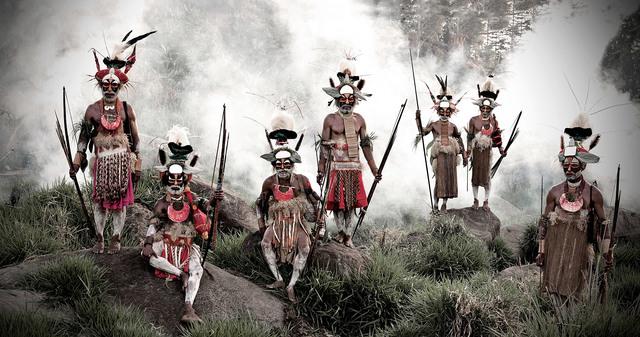 , 'XV 78 Keke Kombea, Tande Mala, Lebosi Kupu, Mumburi Mupi, John Kundi, Menaja Koke, Likekaipia Tribe Ponowi Village, Jalibu Mountains, Western highlands Papua New Guinea - Goroka, Papua New Guinea,' 2010, Willas Contemporary