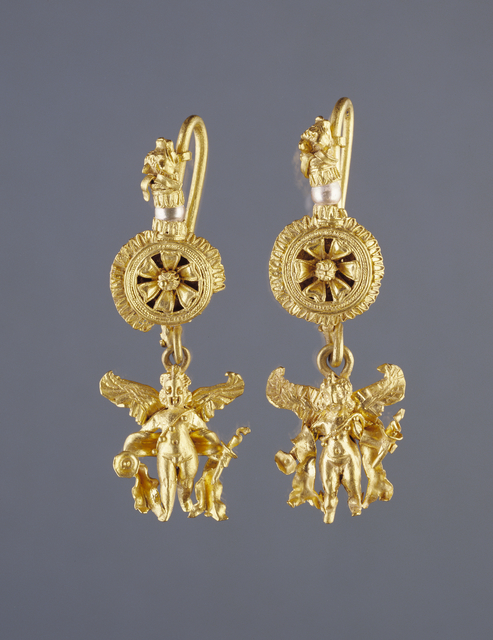 'Disk Pendant Earrings with a Figure of Eros', 220 -100 BCE, J. Paul Getty Museum