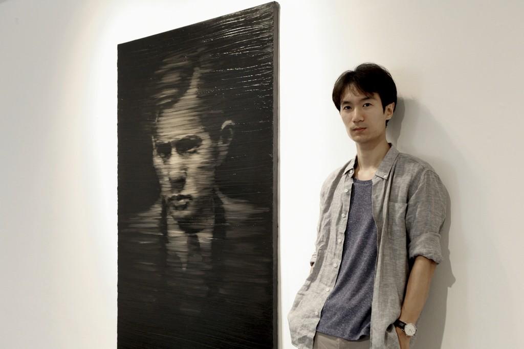 Artist, Sanghoon Kim, at Grigo Gallery