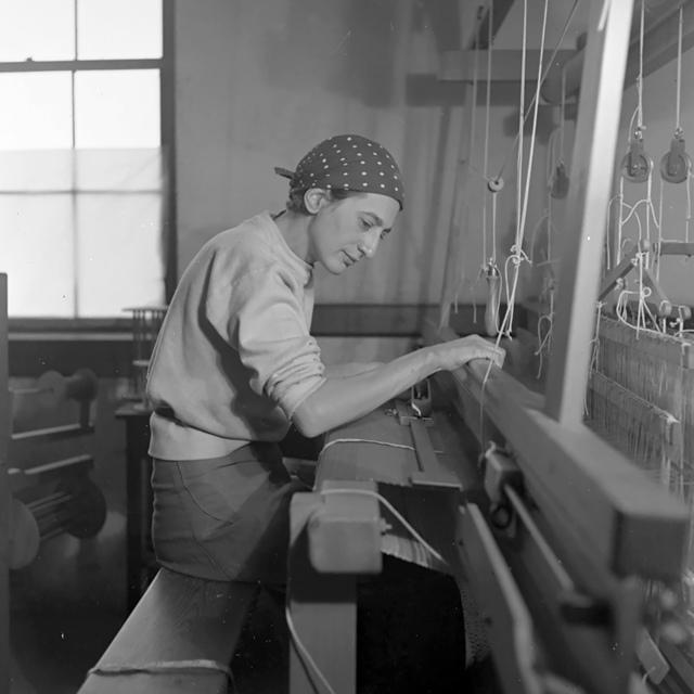 Anni Albers, 'Anni Albers in her weaving studio at Black Mountain College', 1937, Guggenheim Museum Bilbao
