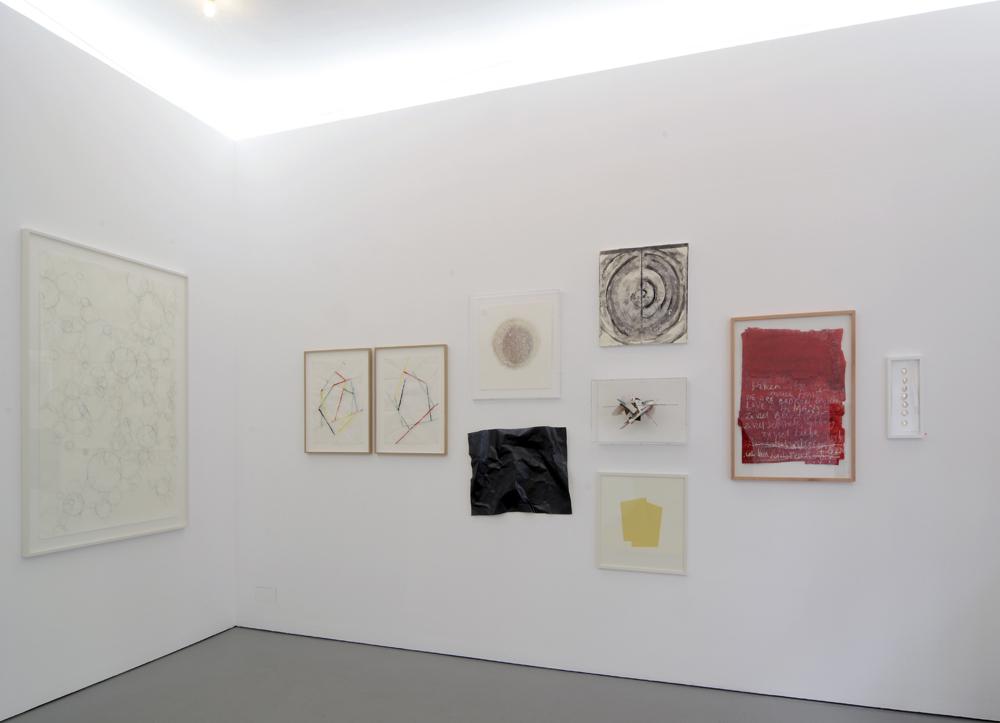 Exhibition view with works by Ute Essig, Beat Zoderer, Katrin v. Lehmann, Gil Shachar, Li Silberberg, Colin Ardley, Dirk Rathke, Angela Dwyer and Henrik U. Müller; photo: Jürgen Baumann