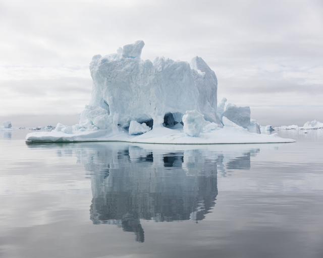 ", 'Ilulissat 25, 07/2015, 69° 28' 28"" N, 51° 39' 36'' W,' 2015, Galerie Nikolaus Ruzicska"