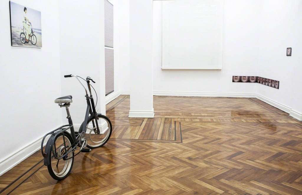 Exhibition view, Eduardo Costa | FIVE MUSEUM PIECES