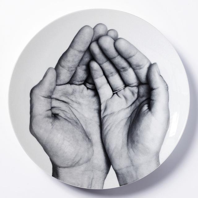 , 'JE TE MANGERAIS DANS LA MAIN,' 2014, Bernardaud