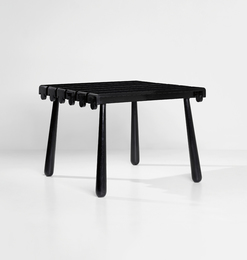 """Quille"" table"