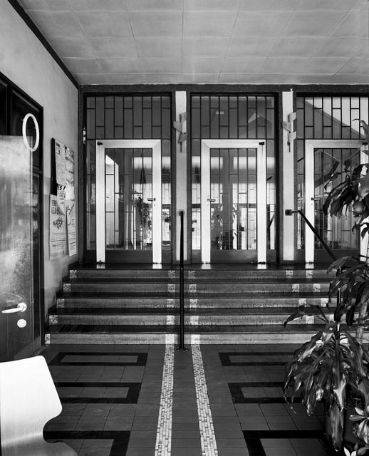 , 'Globushaus Höchstädtplatz, Wien, AT, ArchitektInnen Wilhelm Schütte, Margarete Schütte-Lihotzky, Fritz Weber, Karl Ede,' 1991, Christine König Galerie