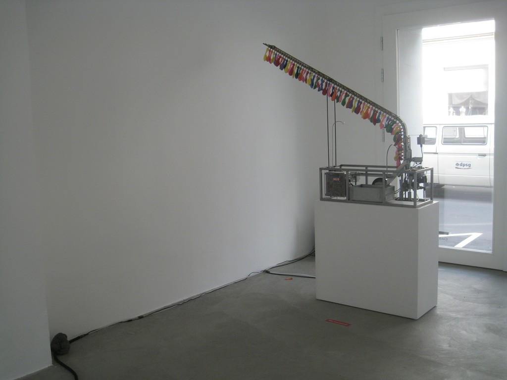 "Sascha Alexa Martin Müller, ""Uhrknall"", 2010 | image: ©dasesszimmer"