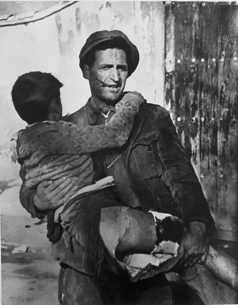 a biography of robert capa a hungarian war photographer An unparalleled war photographer of the 20th century, robert capa chronicled the spanish civil war and cemented the visuals of wwii into the collective memory with.