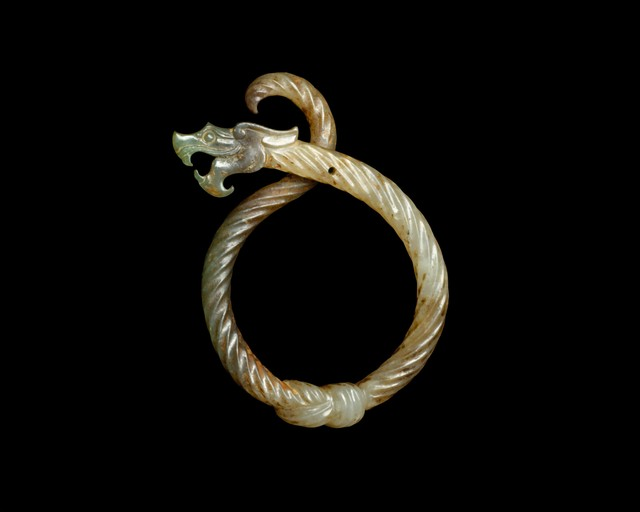 Unknown Chinese, 'Knotted Dragon Pendant (戰國 絞絲龍形玉佩)', 3rd century B.C., Jewelry, Jade (nephrite), The Metropolitan Museum of Art
