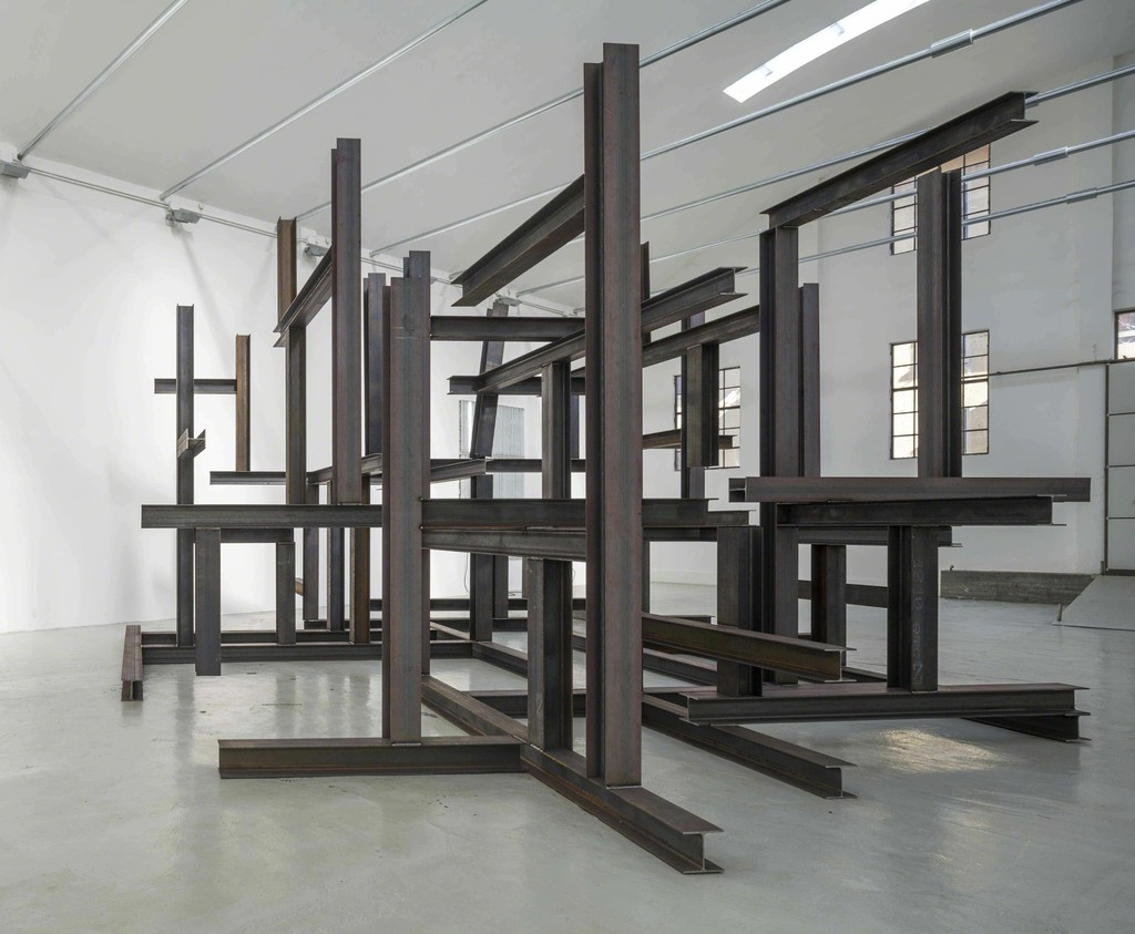Pedro Cabrita Reis, Il palazzo vuoto, 2015 - installation view at Giorgio Persano Gallery, Turin - photo João Ferrand