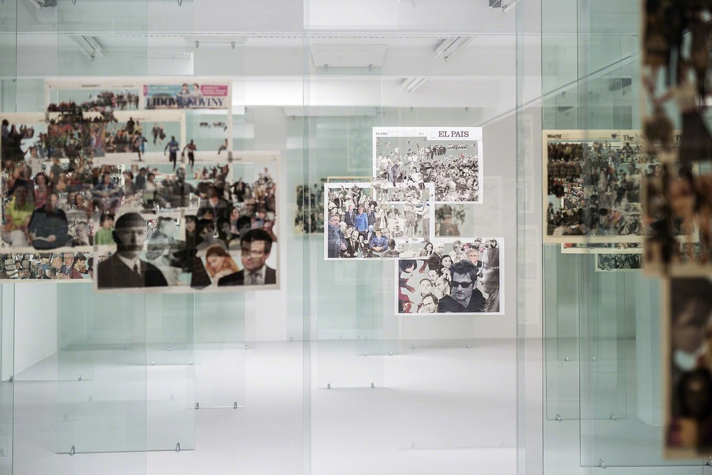 Zhanna Kadyrova installation view Crowd. Year, 2012 newspaper, tempered glass Production and exhibition PinchukArtCenter Kiew, Ukraine Courtesy the artist and GALLERIA CONTINUA, San Gimignano / Beijing / Les Moulins / Habana, photo: Christian Vorhofer