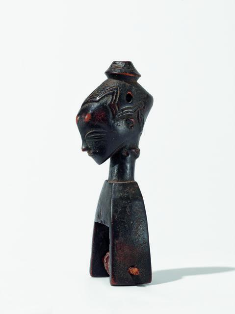 , 'Étrier de poulie de métier à tisser (heddle pulley),' c. 1900, Musée du quai Branly