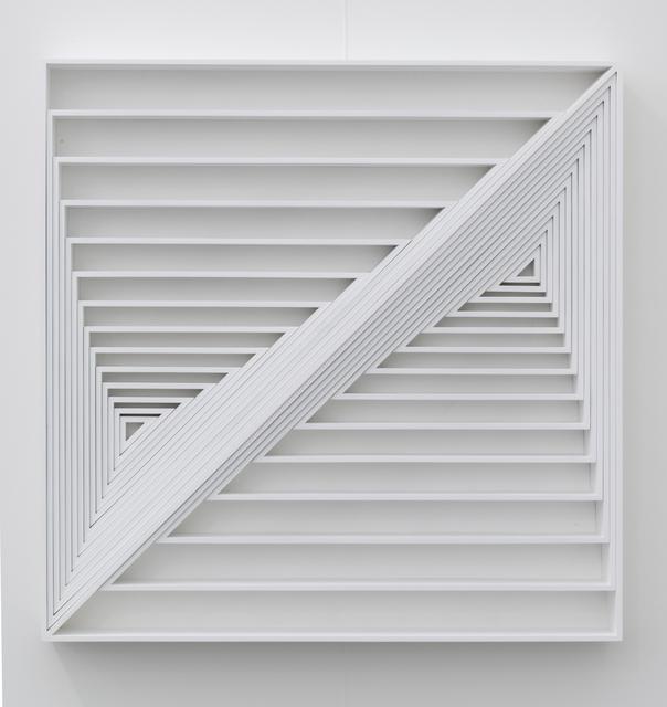 , 'Triângulos 2,' 1969-2009, Casa Triângulo
