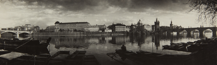 From the Bank, Panorama of Prague