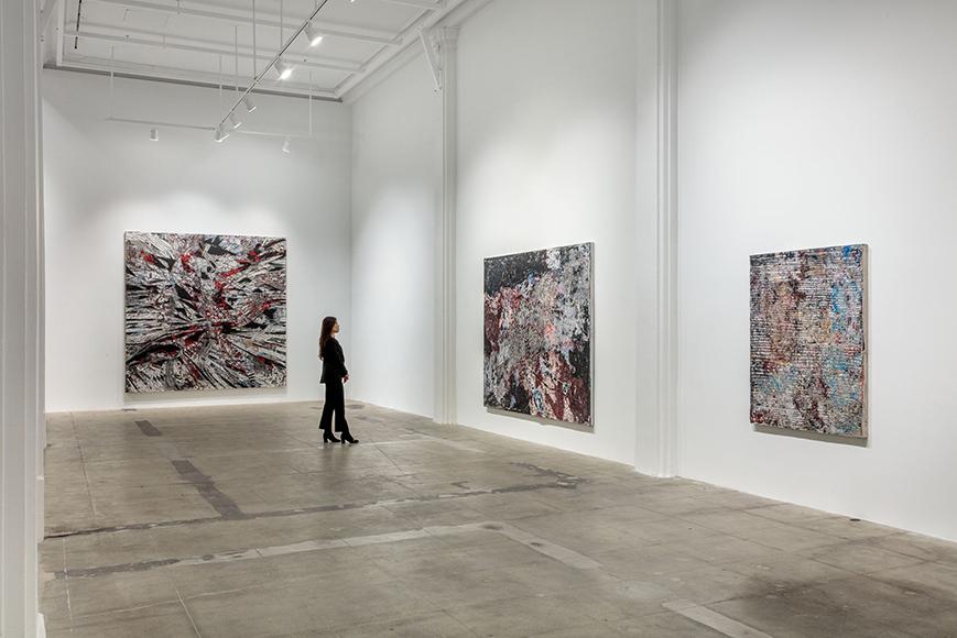 Installation view 'Mark Bradford. New Works,' Hauser & Wirth Los Angeles, 2018 © Mark Bradford Courtesy the artist and Hauser & Wirth Photo: Joshua White